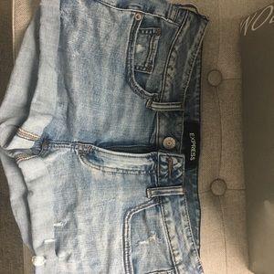 Express low rise denim shorts